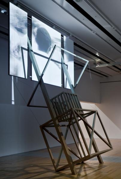 Ângela Ferreira, For Mozambique (model n°1 screen-kiosk-tribune celebrating a post independance utopia), 2008